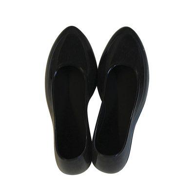 Женские галоши 39-40 размер, черный цвет, закрытые. Вид сзади.