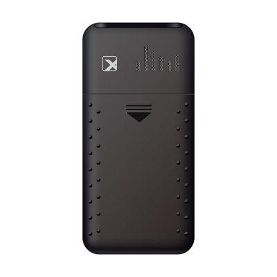 Кнопочный мобильный телефон Texet, TM-101 в черном цвете. Вид сзади.