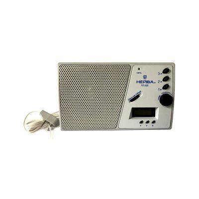 Радиоприемник Нейва ПТ 322, 9966 используется для воспроизведения трех программ.-3